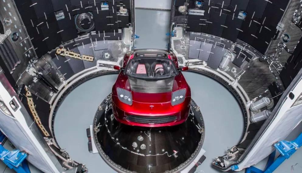 伊隆·马斯克要把全新Tesla Roadster送上太空