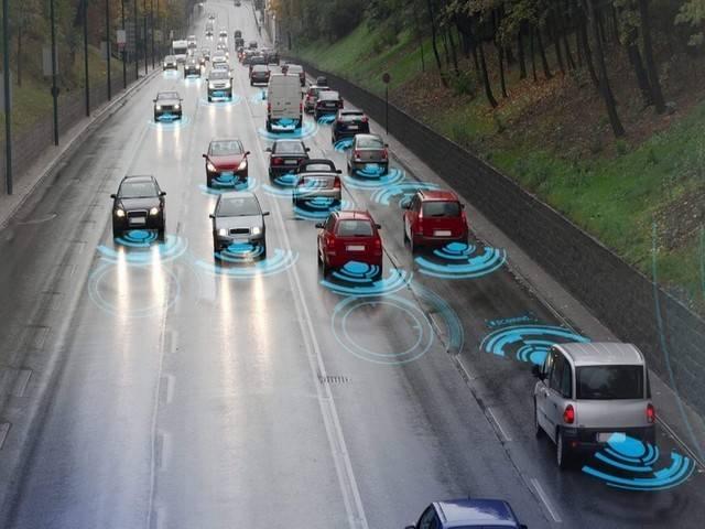 """自动驾驶下的""""智慧""""公路"""