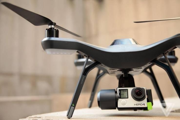 美国联邦航空局表示,到2023年商用无人机市场的规模可能会扩大两倍