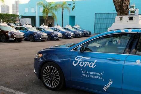 """福特的""""自动驾驶""""面包车现在正在迈阿密运送食物"""