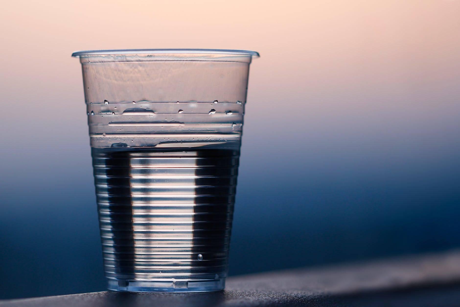 """微塑料""""入侵""""饮用水?"""