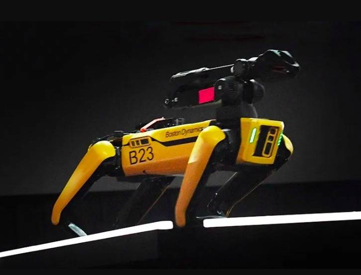 Boston Dynamics 打造的机械犬「Spot」 需要了解一下吗