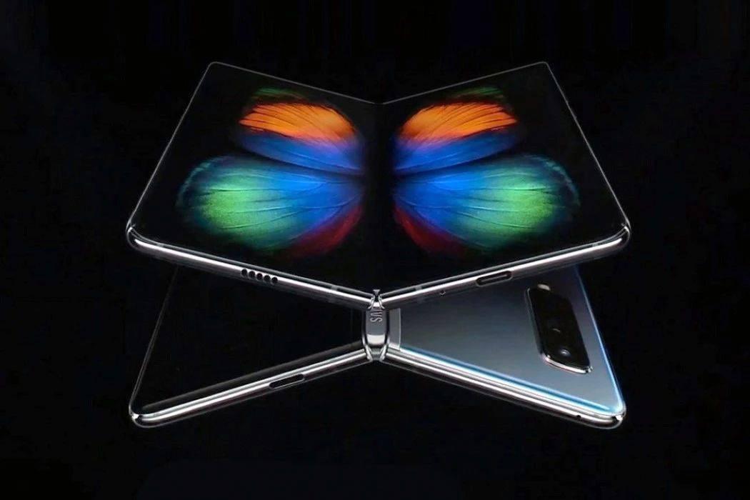 三星Galaxy Fold折叠屏测试够你用几年?
