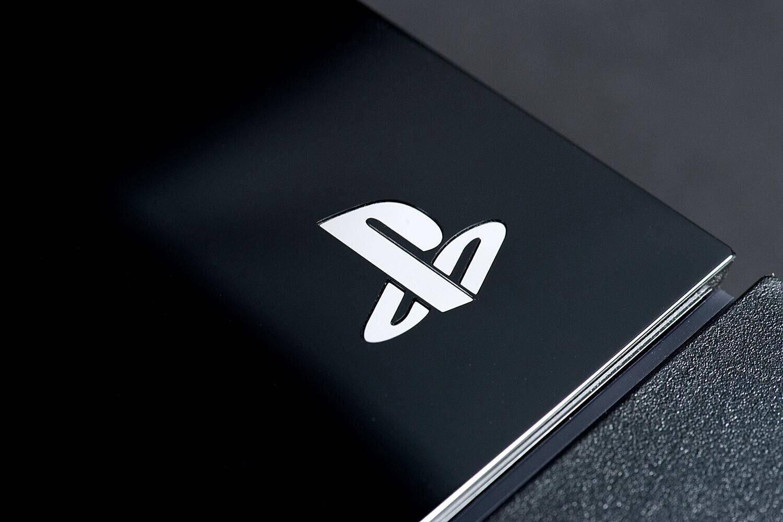支持100GB光驅 索尼PS5原型開發機諜照曝光