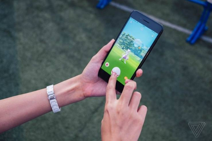 """《精灵宝可梦Go》将增加一个名为""""伙伴冒险""""的增强现实多人游戏功能"""