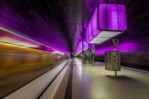 高铁改变中国