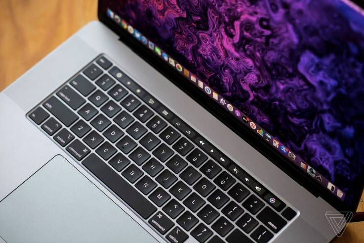 据报道,配有剪刀开关键盘的新款MacBook即将上市