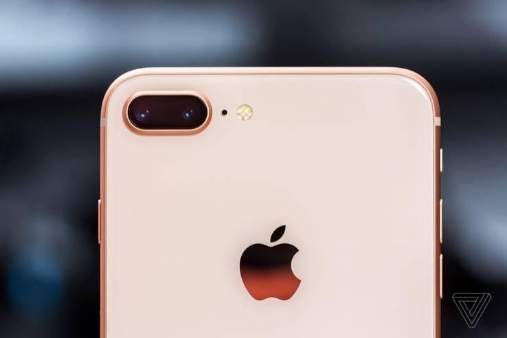 据报道,苹果公司正在生产一款5.5英寸的入门级iPhone