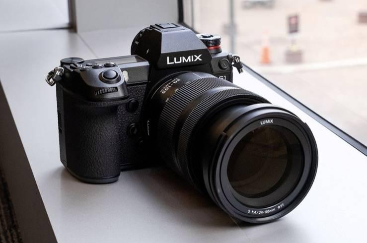 松下正在使用无反光镜摄像头作为网络摄像头