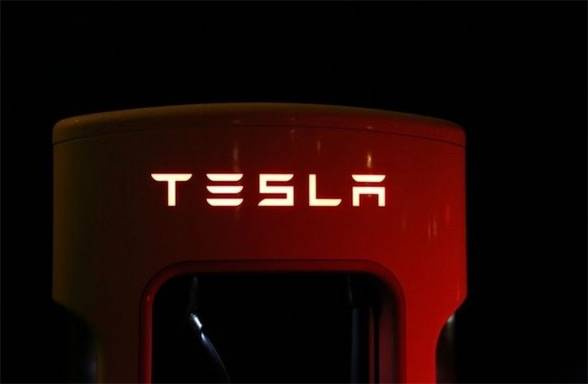 特斯拉在京连开9座超级充电站