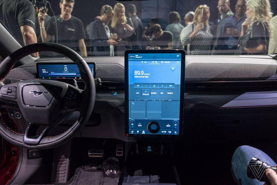福特表示,从2023年开始有百万辆汽车将运行在谷歌的Android系统上