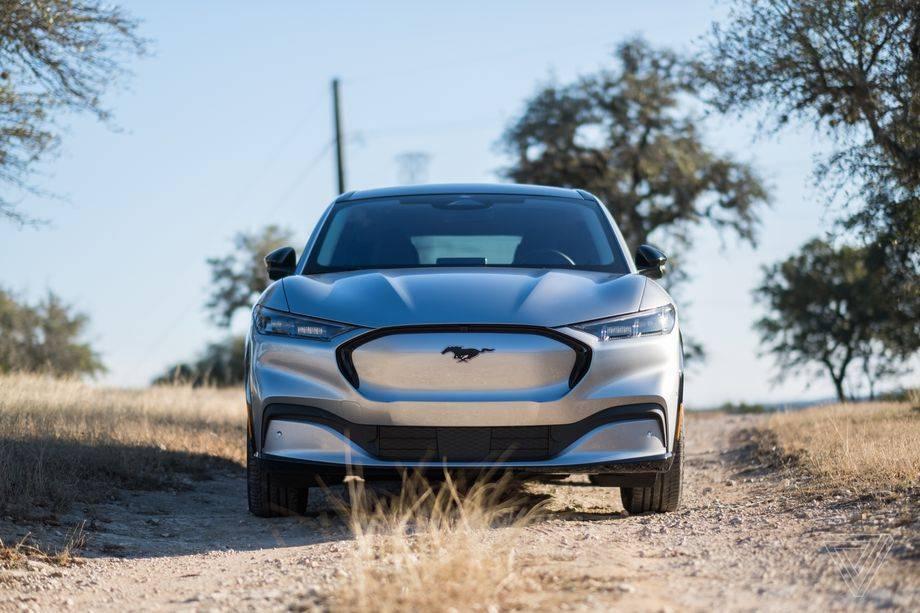 福特在电动汽车和自动驾驶汽车上的投资增加了一倍多,达到290亿美元