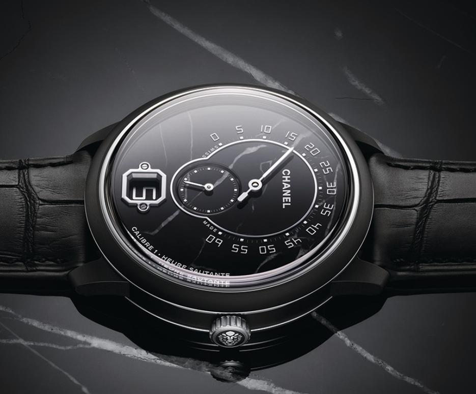 香奈儿推出大理石表盘的限量版Monsieur腕表