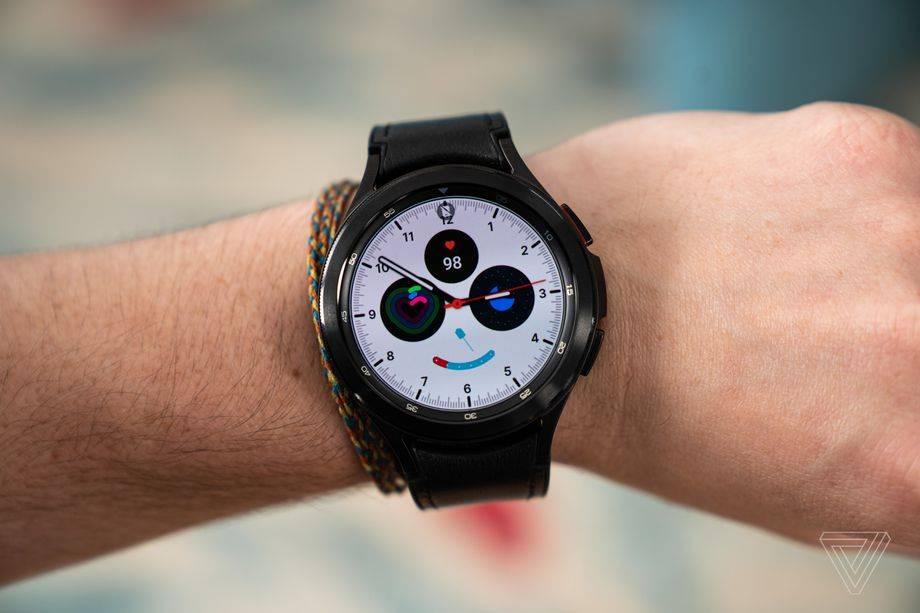 三星Galaxy Watch 4從手腕計算身體脂肪